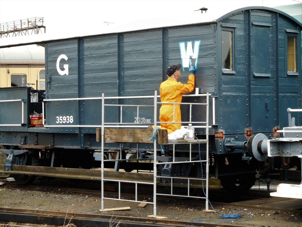Lettering the GWR Brake Van